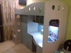 Baby bed with working area