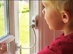 Child Lock on the Windows Penkid Safety Lock With the Rope (Turkey)