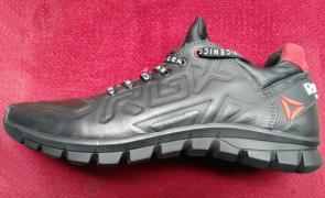 Кроссовки Обувь спорт Ищем партнеров покупателей Розница Оптом