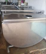Milk tanks and milking equipment BU
