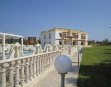 Отель на Кипре: Soho hotel apartments