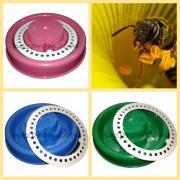 Поїлкі та годівніці для бджил