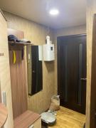 Продам 2-х кімнатну квартиру з ремонтом, Козака Мамая, 18