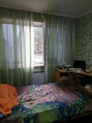 Продам гостинку-квартиру на бул. Каркача