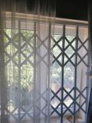 Решетки раздвижные металлические на окна, двери, витрины. Днепр