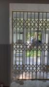 Розсувні решітки металеві на вікна, двері, вітрини. Львів