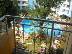 Sunny beach! One bedroom apartment in holiday complex