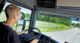 Водитель с опытом на самосвал С и Е в Польшу